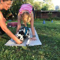Dog Yoga by beerenstark Impressionen – Einblicke ins Yoga mit Hund!